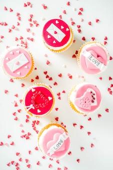 Cupcakes roses et rouges pour la saint valentin