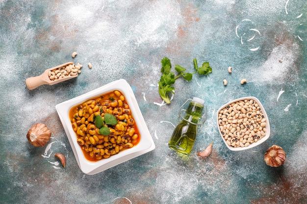Curry de haricots aux yeux noirs, cuisine indienne.