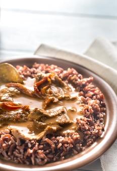 Curry panang thaï avec riz rouge