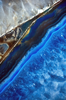 Dalle décorative en agate. pierre semi-précieuse bleue. abstrait pour la conception