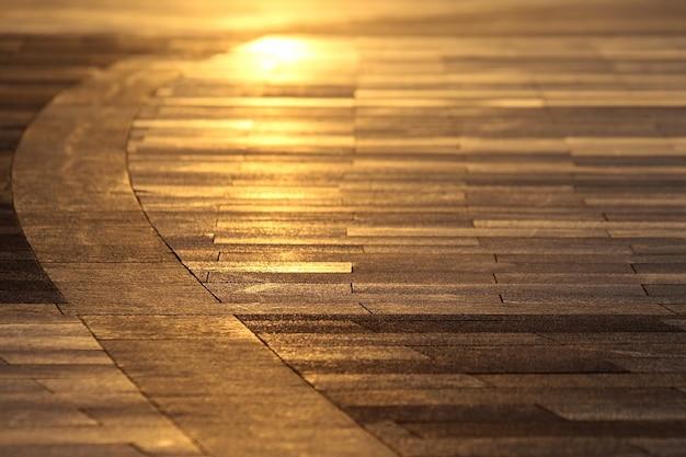 Dalles dans le reflet du soleil couchant