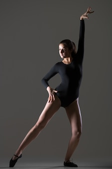 Dancing lady performance