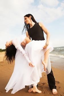 Danser sur la plage