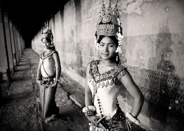 Danseurs aspara traditionnels, siem reap, cambodge.