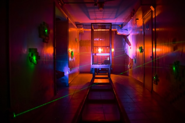 Dark room fear quest effets de lumière fumée