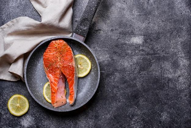 Darne de saumon frais aux épices