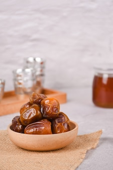 Les dattes sukkari sont très appropriées pour être mangées pendant l'aïd