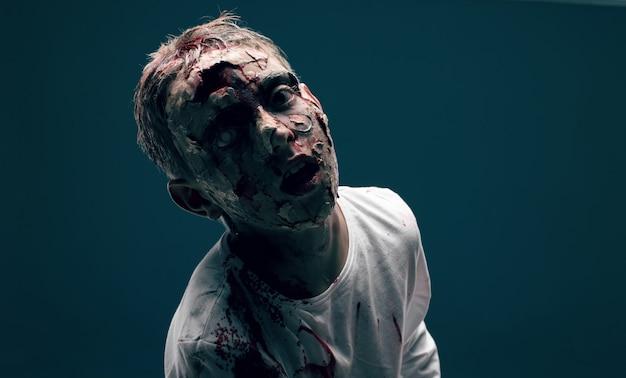 Dead boy zombie. concept d'horreur halloween