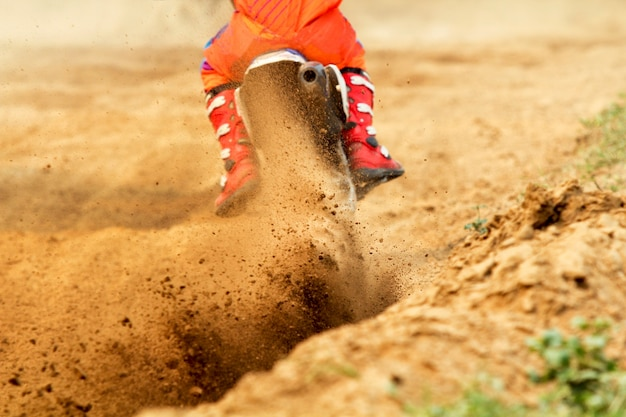 Débris d'une course de motocross