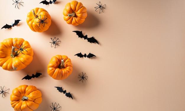 Décor de fond automne avec des citrouilles