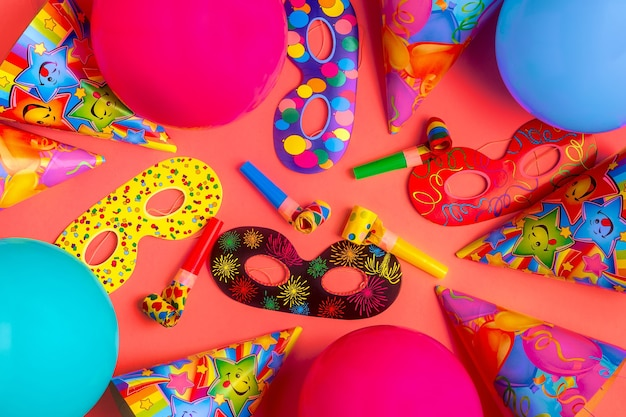 Décor lumineux pour un anniversaire, une fête, un festival ou un carnaval.