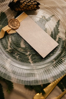 Décor sur la table de fête, style rustique, décorations sur les tables.