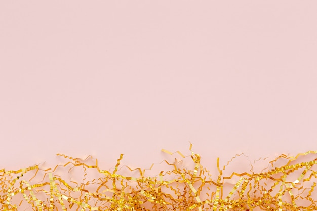Décoration dorée de copie-espace