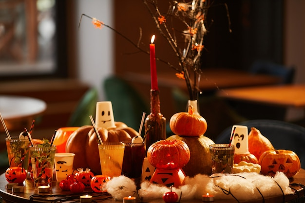 Décoration d'halloween et citrouilles