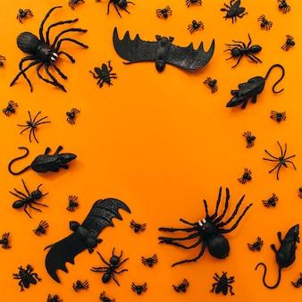 Décoration halloween avec insectes et espace circulaire