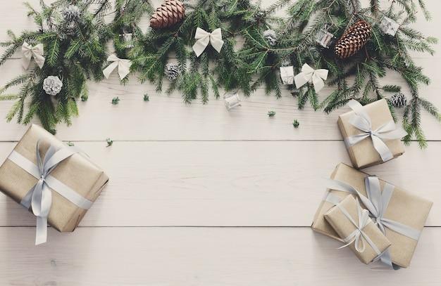 Décoration de noël, coffrets cadeaux et concept de cadre de guirlande