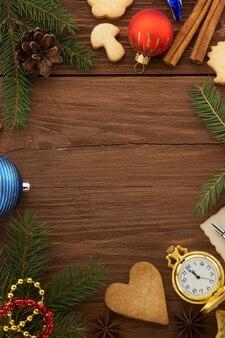 Décoration de noël sur fond de bois