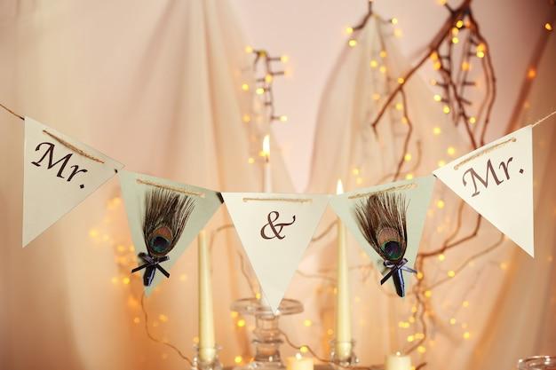 Décorations pour mariage gay sur fond flou