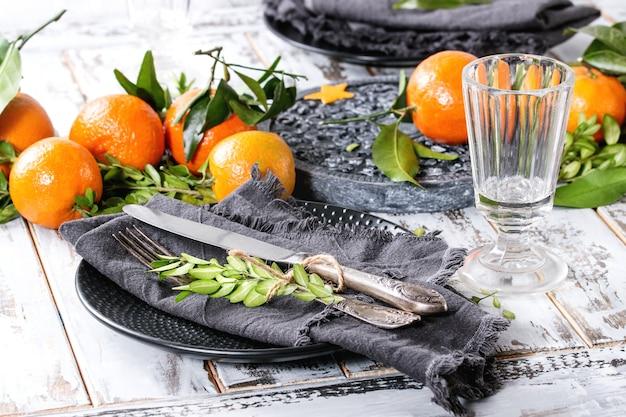 Décorations de table de noël avec des clémentines
