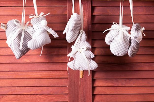Décorations vintage de noël textile à pois et vichy gris