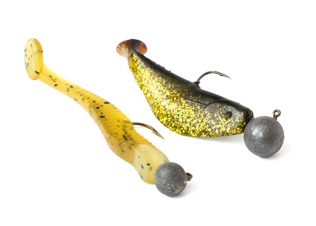 Définir un appât pour attraper un poisson prédateur sur fond blanc
