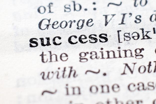 Définition du dictionnaire du mot succès, mise au point sélective.