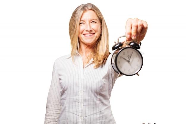 Délai personnes âgées heures minuterie à la recherche