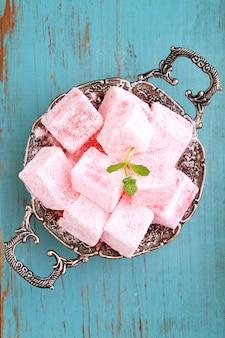 Délice turc, lukum au sucre en poudre