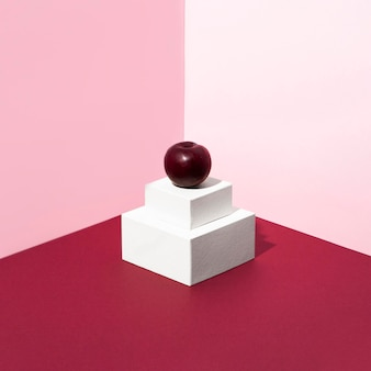 Délicieuse cerise avec fond rose