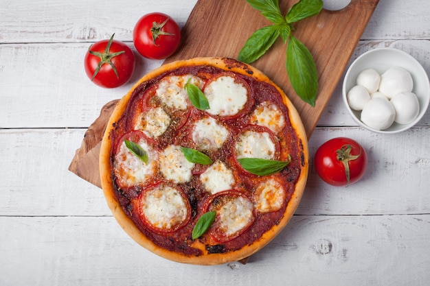 Délicieuse pizza italienne margherita.