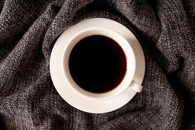 Délicieuse tasse de café noir