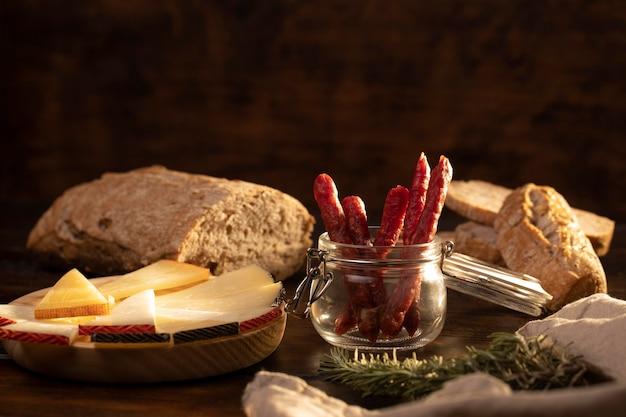 Délicieux arrangement de chorizo traditionnel