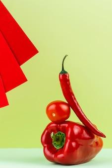 Délicieux arrangement de légumes frais