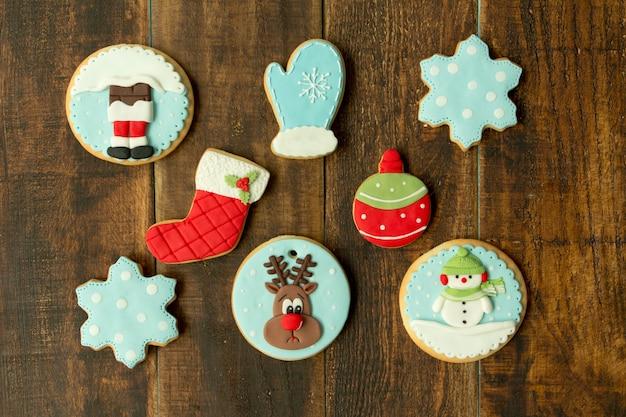 Délicieux biscuits de noël en bleu