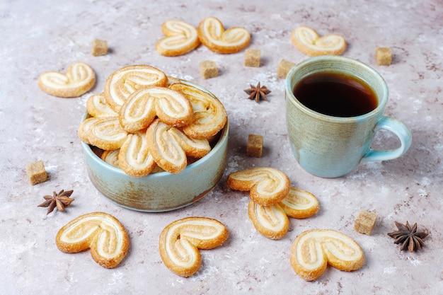 Délicieux biscuits palmier français avec du sucre