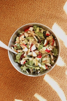Délicieux bol de salade
