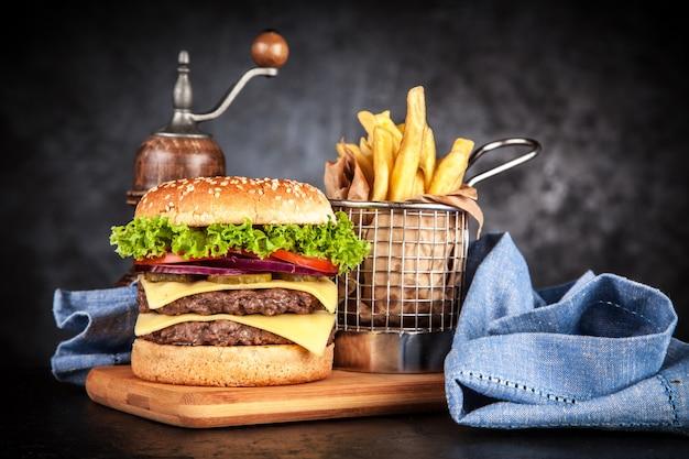 Délicieux burger grillé