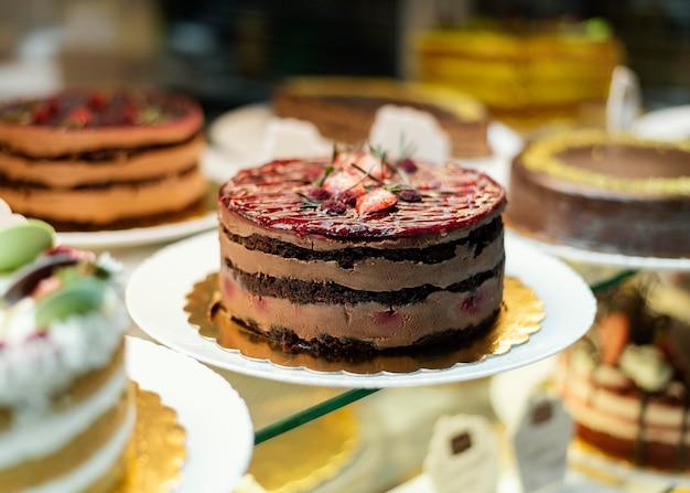 Délicieux gâteau aux fraises
