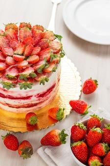 Délicieux gâteau de velours rouge