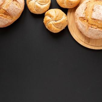 Délicieux pain maison avec espace de copie