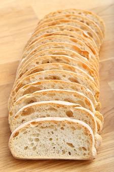 Délicieux pain sur la table