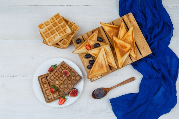 Délicieux petit déjeuner avec des fruits