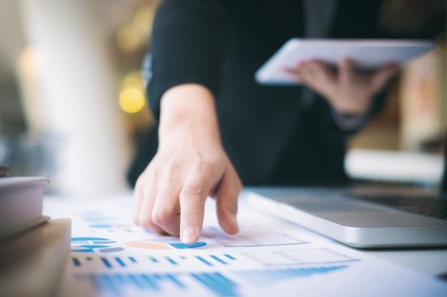 Le démarrage d'entreprise analyse les données de haute performance.