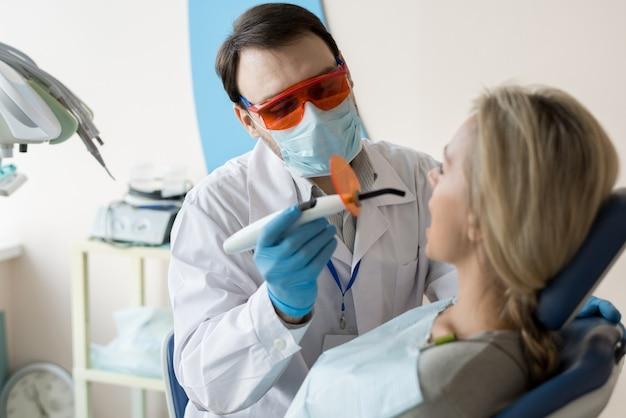 Dentiste, travailler, client, chaise
