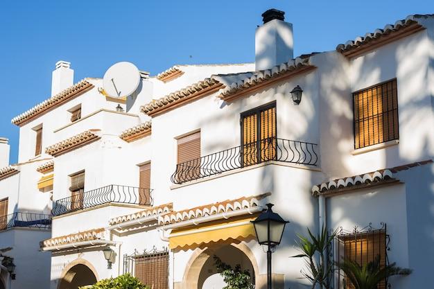 Design, architecture et concept extérieur - balcons modernes.