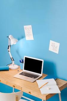 Design d'intérieur de bureau pour enfants