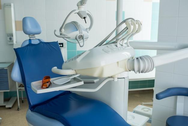 Design d'intérieur de la dentisterie moderne