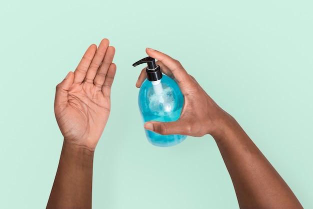 Désinfection des mains covid-19 dans le concept de santé