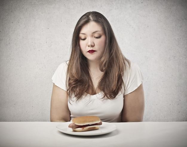 Désireux de manger un hot-dog