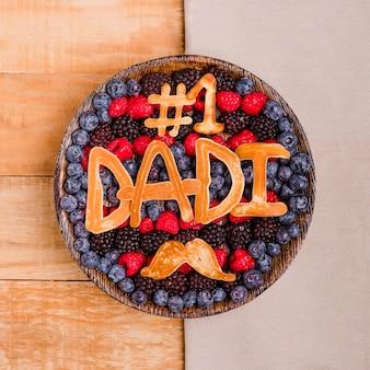 Dessert de fête des pères vue de dessus